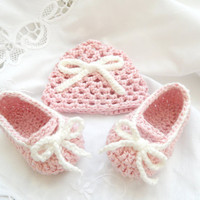 pembe baby accessories,baby slippers, baby hat, baby, newborn baby boties and hat, For the first photos