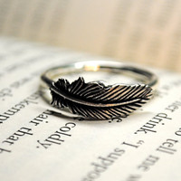 Silver Feather RIng Size 9