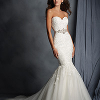 Alfred Angelo 2526Z Lace Mermaid Wedding Dress