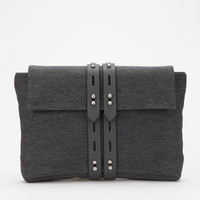 ALLIBELLE Wool Clutch