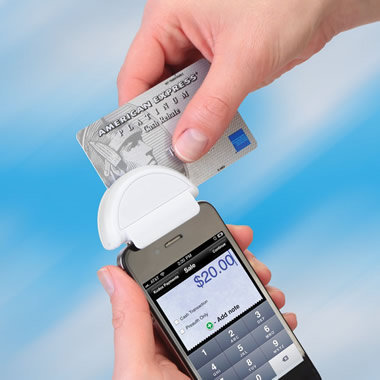 The Smartphone Credit Card Terminal - Hammacher Schlemmer