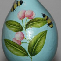 Bee and Flowers Garden Gourd Ornament