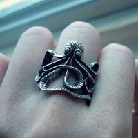 Octopus Vintage Style Ring | LilyFair Jewelry