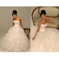 Wedding dress with a reasonable price:)