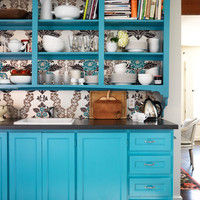 House of Turquoise: Painted Shelves