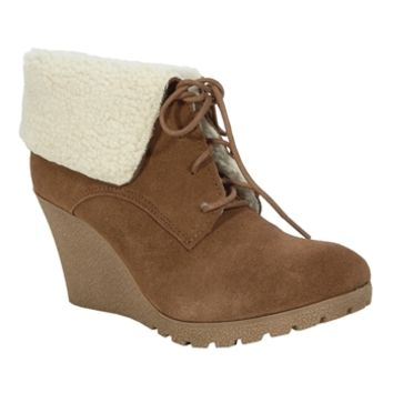 Mia Dacey Wedge Bootie at Von Maur