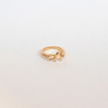 Bow Knuckle Ring - Gold