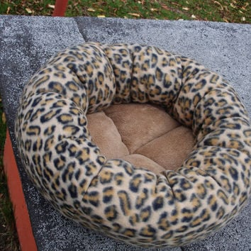 Cat bed, dog bed, leopard bed, pet bed, donut bed, round bed, machine washable, fleece bed