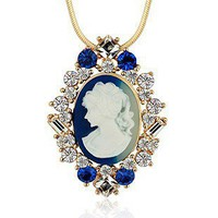 Crystal Queen Elizabeth Pendant Nec.. on Luulla