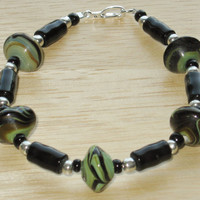 Beaded Bracelet in Black, Green and Brown