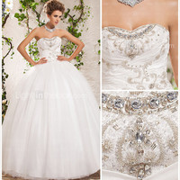 [USD $ 379.99] Ball Gown Sweetheart Strapless Floor-length Tulle Wedding Dress
