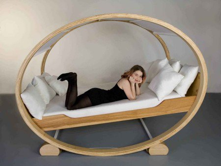 Creative Bed - Opulentitems.com