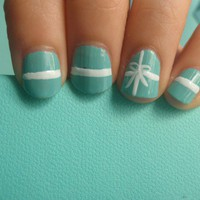 Kimm Diggs / Tiffany box nails! what color nail polish is that