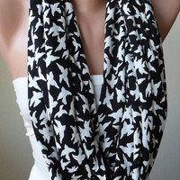 Trendy - Infinty Scarf - Circle Scarf  -  Loop Scarf - Black and White - White Birds
