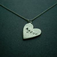 AMOUR vintage silver heart necklace