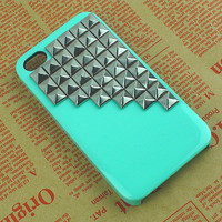 Silver Pyramid Studded Iphone 4 Cas.. on Luulla