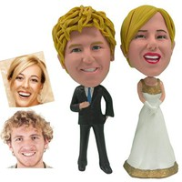 Personalized Wedding Cake Topper Of.. on Luulla