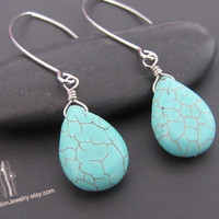 SALE 10% - Howlite turquoise pear earrings in white gold