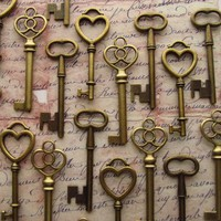60 Skeleton Keys In Bronze - The Romeo Collection | Recycled Bride