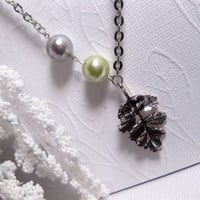 Satin Pearl Necklace With Leaf Pendant - Silver And Green