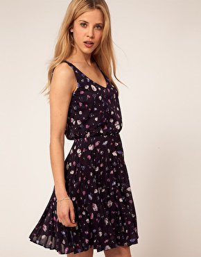 Warehouse Pretty Floral Dress at asos.com