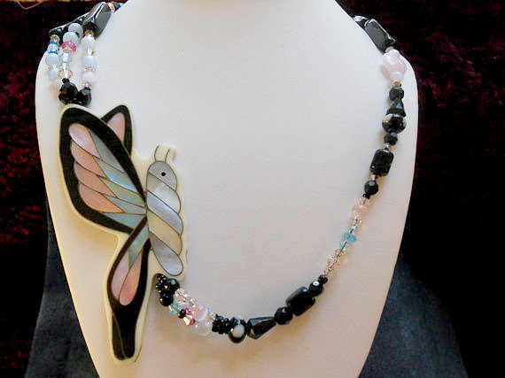 SALE: Butterfly In Flight Necklace on Luulla