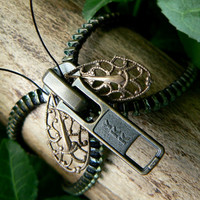 Steampunk Moth Zipper Bracelet on Luulla