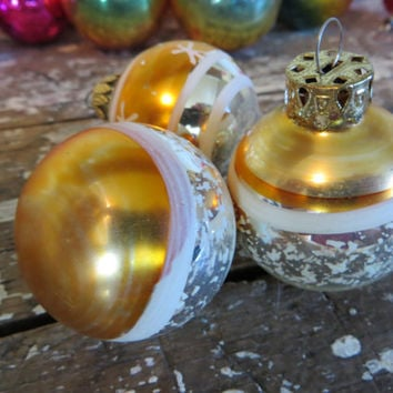 Vintage Hand Painted Christmas Tree Bulbs Glass Bulbs Ornaments West Germany GDR Christmas Ornaments