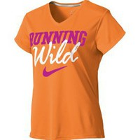 Nike Women's Challenger Wild Graphic T-Shirt - Dick's Sporting Goods