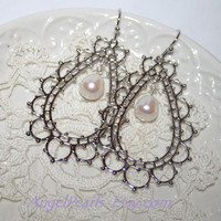 Bohemian Silver Teardrop earrings, Silver filigree Oval White Pearl earrings,Boho Chic Bridal Feminine Oriental Laced Earrings