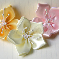 Satin Ribbon Flowers - 5 Pcs - 100%.. on Luulla