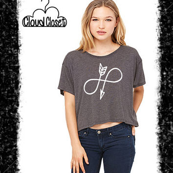 Infinity Arrow Bella Flowy Box Tee - Infinity Arrow - Juniors Fit - Crop Length