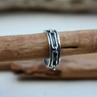 Silver Ring with Raised Chain in Channel Setting. sterling silver chain. Chain ring. Biker ring. OOAK. Mens ring. Womens ring.