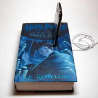 Harry Potter and The Order of the Phoenix Charging Station for iPhone and iPod