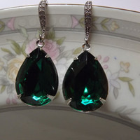Emerald Green  Wedding earrings TearDrop Bridemaids earrings -Bridal jewelry mother of the bride gift