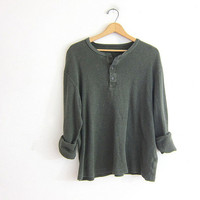 long sleeve army green thermal top. button front henley. minimalist shirt. oversized boyfriend shirt. size M