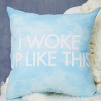 Cloud Graphic Throw Pillow