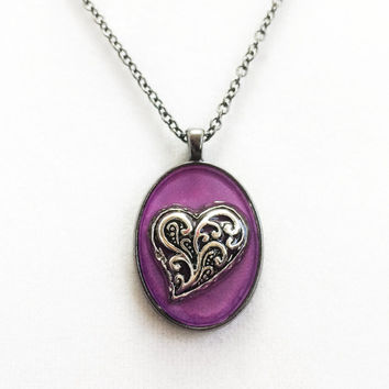 Heart necklace / valentine jewelry / love necklace / gift / heart jewelry / purple pendant necklace