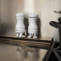 Footed Salt & Pepper