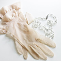 Ruffle Cuff Gloves - Light Blush Pink