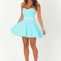 Missguided - Mairyn Belted Bandeau Skater Dress