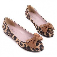 Velvet Leopard Printed Bow Decortaion Flats