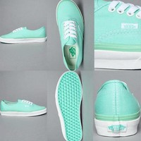 MINT VANS