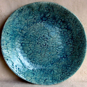 Very large lace bowl