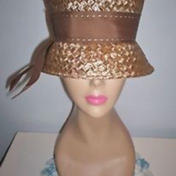 Super Chic Vintage Womens Taupe Straw-Like Dress Hat Cloche Size 21.5 Union Made