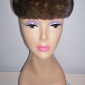 Beautiful Vintage Women's Real Fur Pillbox Dress Hat Fully Lined 20.5 Comb L@@K!