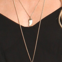 DOUBLE LAYERED IVORY STONE HORN NECKLACE