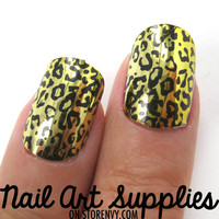 Metallic Leopard Animal Print Fake Artificial Nails in Yellow from nailartsupplies