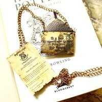 Customisable Hogwarts letter necklace Harry Potter by SixAstray