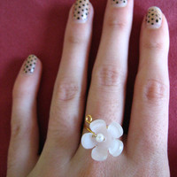 Lazy Daisy Ring